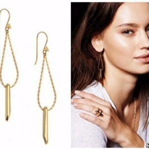 Stella & dot ~ gold rebel drop earrings